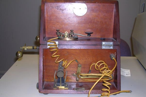 At the beginning of 1900, Johnson Controls' founder Warren Johnson established, along with fellow inventor Charles Fortier, the American Wireless Telegraph Company (AWTC) to develop and market Johnson's experiments in the field of wireless telegraphy.