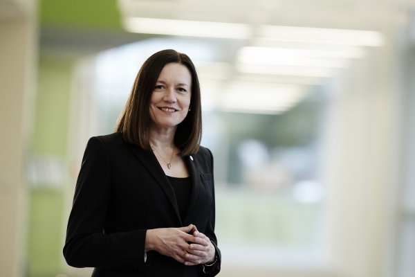 Kim Metcalf-Kupres is the Vice President and Chief Marketing Officer of Johnson Controls
